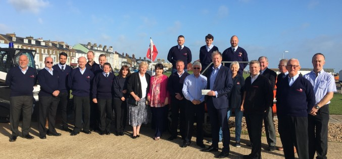 Jenner Donate £2,800 to RNLI Walmer